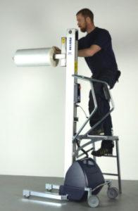 PRO140_ladder climb